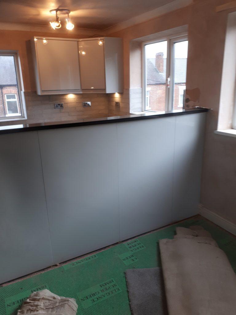 Granite kitchen worktop   CL Joinery